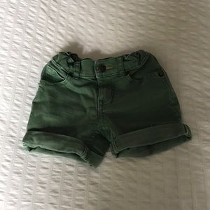Other - ♦️Adorable shorts 12months♦️
